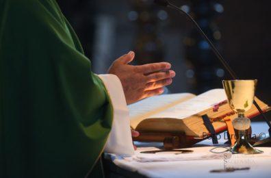 Navodila ob vzpostavitvi javnega bogoslužja od 4.5.2020 dalje